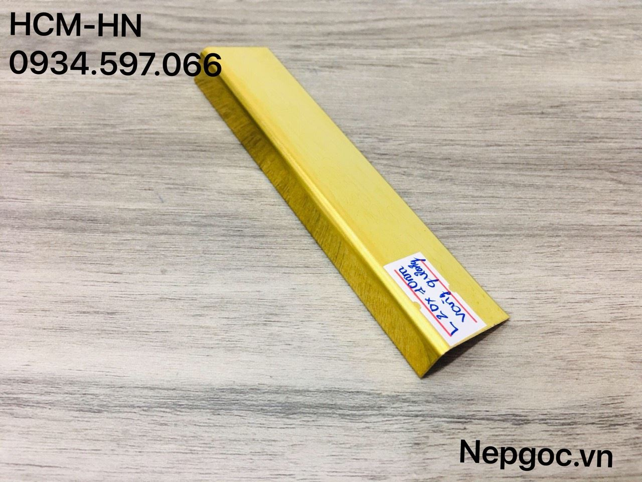 Nẹp Inox L20mmx10m đồng xước